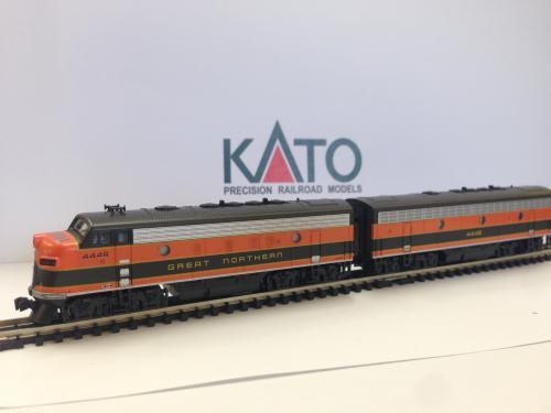 kato 176 1943 sd70ace the spirit union pacific 1943 kato n scale